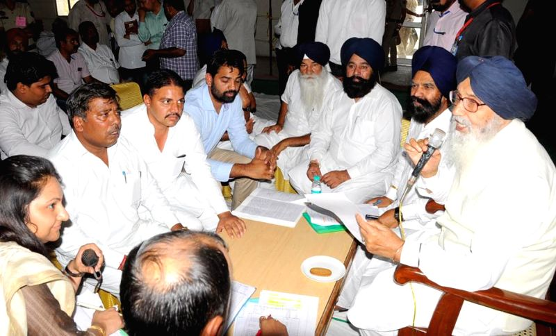 Punjab Chief Mnister Parkash Singh Badal interacts with the people during a sangat darshan programme at Abohar in Fazilka, on May 19, 2016.