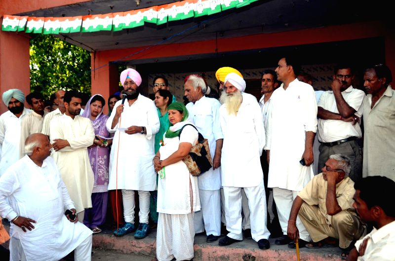Punjab Congress chief and party's candidate from Gurdaspur Lok Sabha seat, Partap Singh Bajwa during an election campaign in Pathankot of Punjab on April 27, 2014. - Partap Singh Bajwa