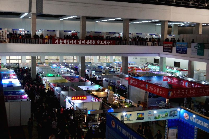Photo taken on May 12, 2014 shows a scene of the 17th Pyongyang Spring International Trade Fair in Pyongyang, May 12, 2014. More than 300 enterprises from 16 ...