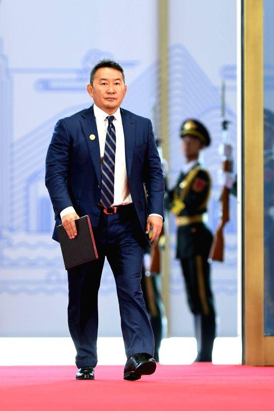QINGDAO, June 10, 2018 - Mongolian President Khaltmaa Battulga arrives for a session of the 18th Shanghai Cooperation Organization (SCO) summit in Qingdao, east China?s Shandong Province, June 10, ...
