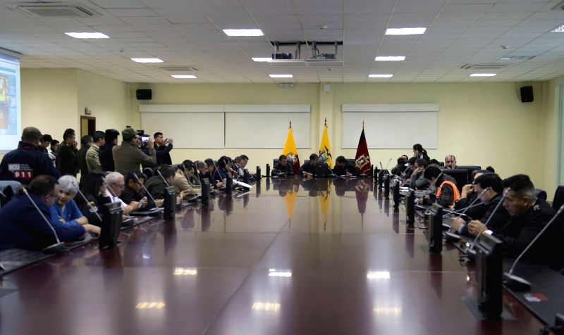 QUITO, May 18, 2016 - Ecuadorian President Rafael Correa (C) meets with members of the Committee of Emergency Operations (COE) after an earthquake at the Integrated Security Service ECU 911 in Quito, ...