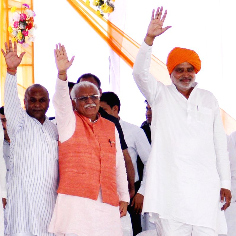Haryana Chief Minister Manohar Lal Khattar during a public meeting in Radaur of Haryana on April 10, 2015. - Manohar Lal Khattar