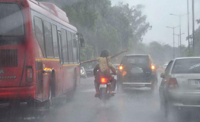 Rain in Delhi on Aug 30, 2014.