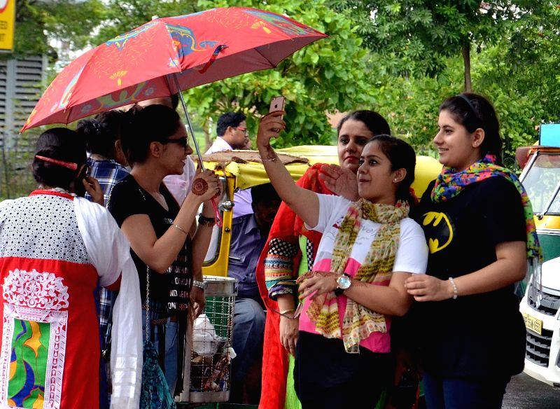 Rains lash Delhi on May 30, 2016.