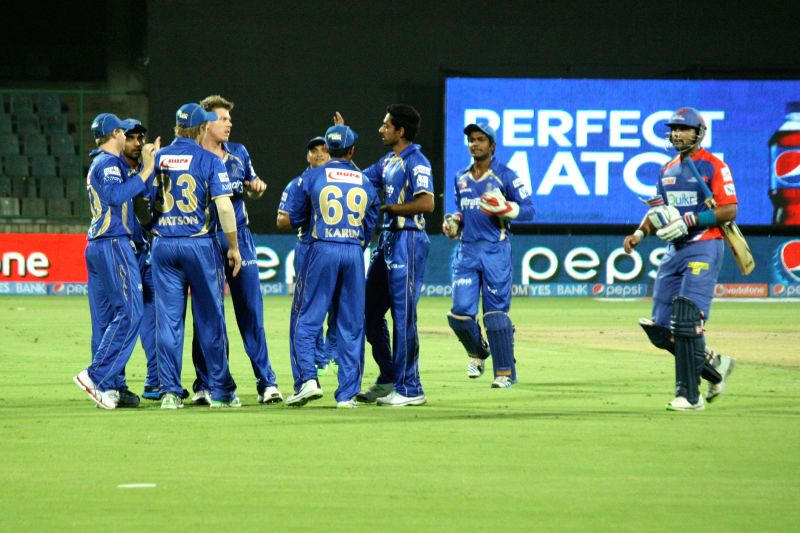 Rajasthan Royals players are congratulated for getting wicket of Murali Vijay of the Delhi Daredevils during the 23nd match of IPL 2014 between Delhi Daredevils and Rajasthan Royals, played at Feroz . - Feroz Shah Kotla