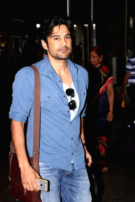 Rajeev Khandelwal spotted at Airport in Mumbai on June 5, 2017.