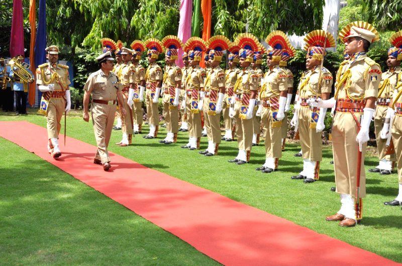 Rajeev Rai Bhatnagar takes charge as DG, CRPF at CRPF Headquarters in New Delhi on April 28, 2017. - Rajeev Rai Bhatnagar