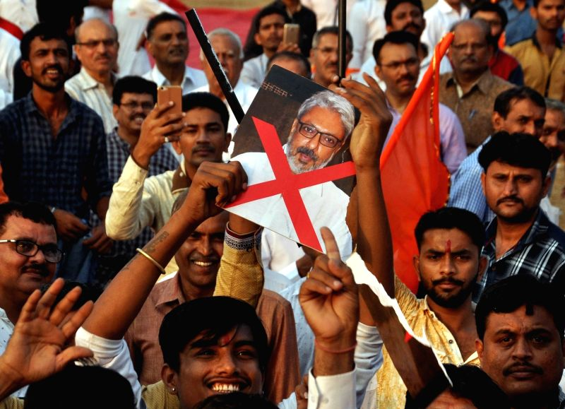 "Rajput community activists stage a demonstration against the screening of filmmaker Sanjay Leela Bhansali's upcoming film ""Padmavati"" in Mumbai on Nov 18, 2017."