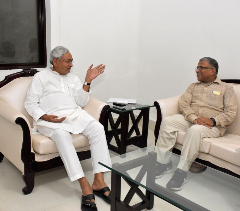 Rajya Sabha Deputy Chairman Harivansh Narayan Singh meets Bihar Chief Minister Nitish Kumar in Patna on Aug 11, 2018. - Nitish Kumar and Harivansh Narayan Singh