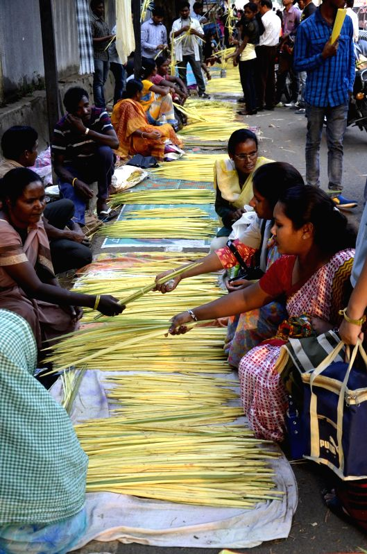 Christian buy palm fonds outside the Roman Catholic Church on the eve of Palm Sunday in Ranchi on March 28, 2015.
