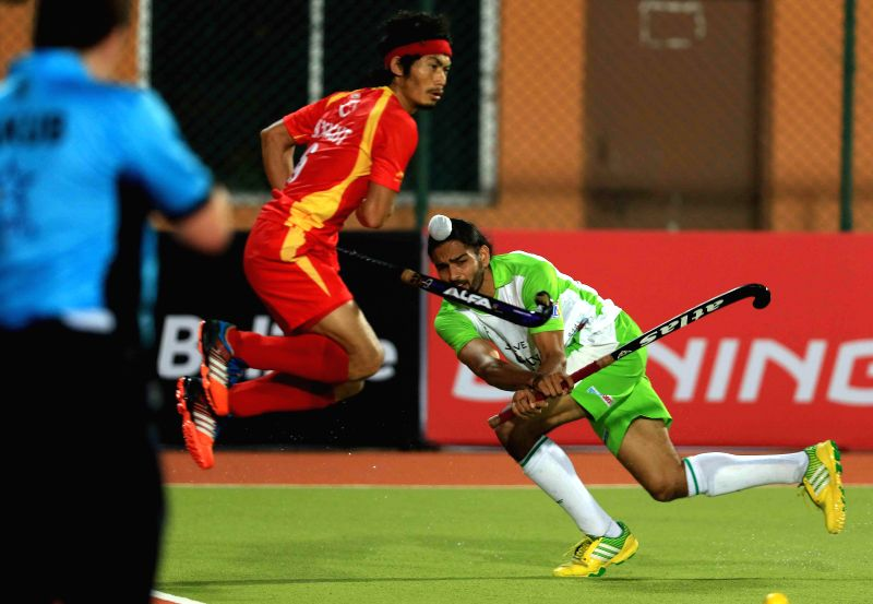 Players in action during a Hockey India League match between  Ranchi Rays and Delhi Waveriders in Ranchi, on Jan 23, 2015.