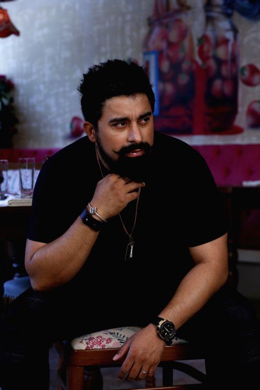 Rannvijay Singh endorsing Dare By Voylla - Rannvijay Singh