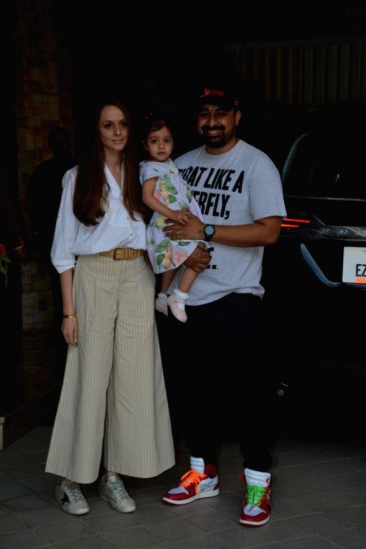 Rannvijay Singhaa along with his wife Prianka and daughter Kainaat Singha arrives to attend a pre-birthday party of Taimur Ali Khan in Mumbai on Dec 7, 2018. - Taimur Ali Khan