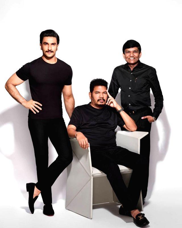 Ranveer Singh to star in Shankar's adaptation of 'Anniyan'