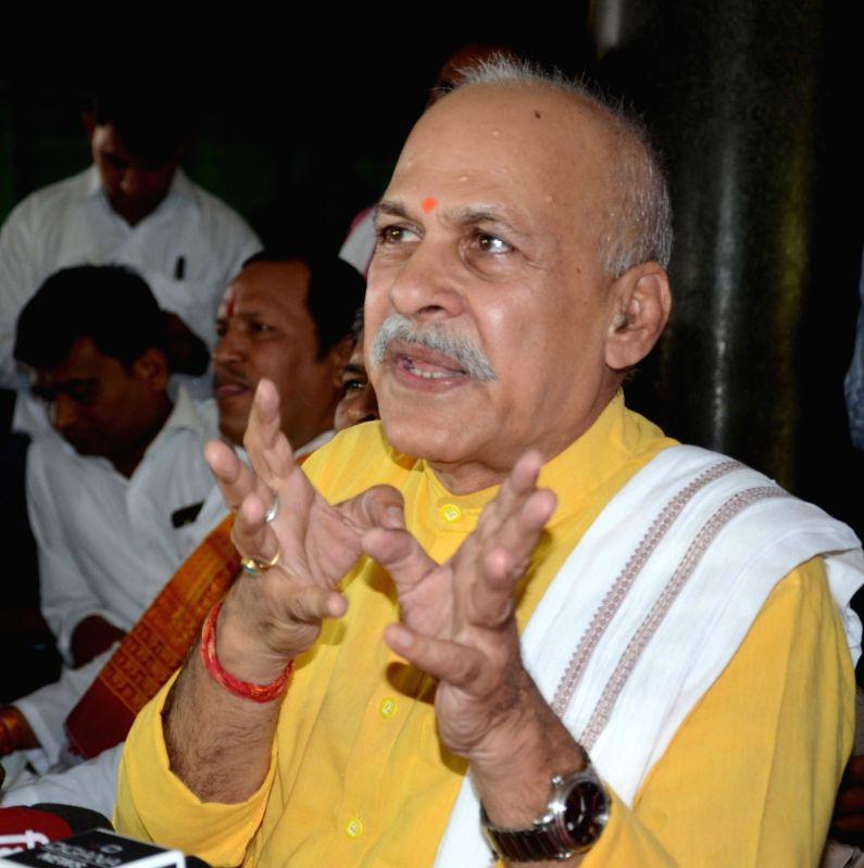 Rashtriya Kisan Mazdoor Mahasangh President Shivkumar Sharma