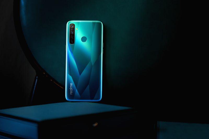 Realme 5 Pro smartphone.