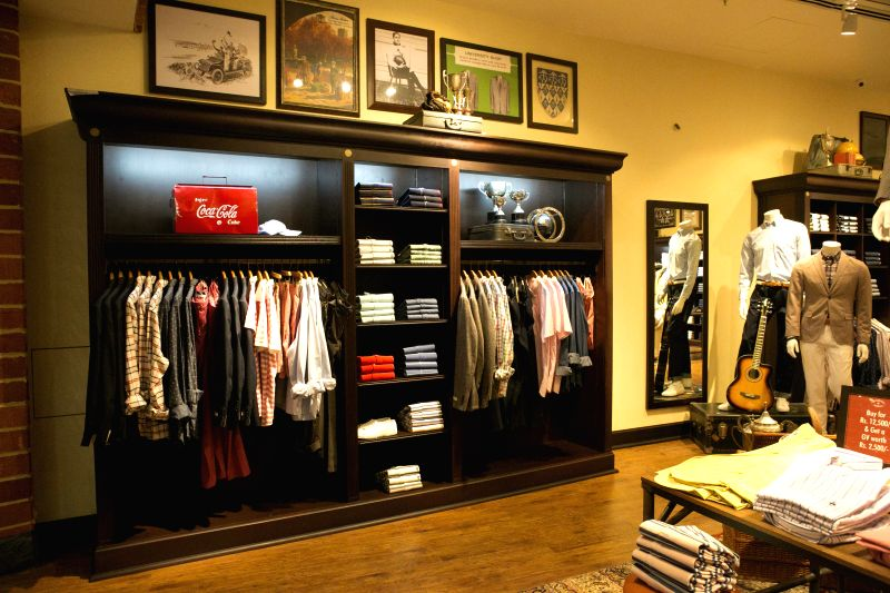 Red Fleece by Brooks Brothers Store,Noida