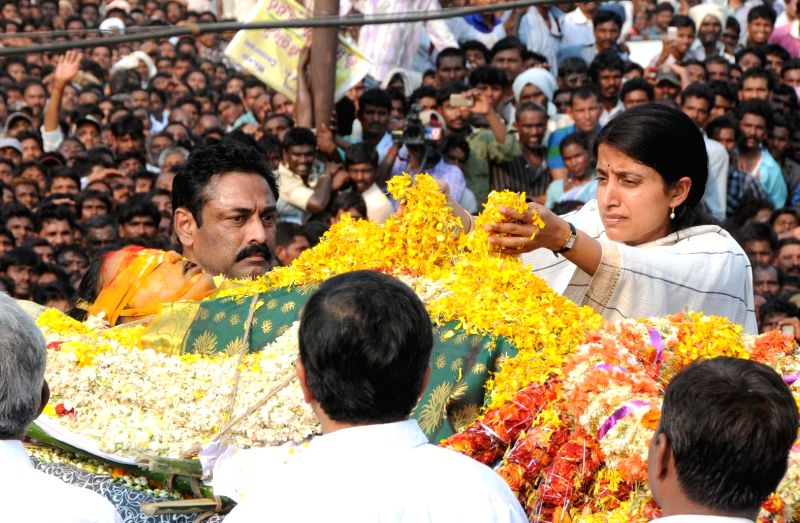 Relatives pay their last respect to YSR Congress leader Shobha Nagireddy who succumbed to the injuries sustained in a road accident en route to her native place Allagadda from Nandyal in Kurnool ...
