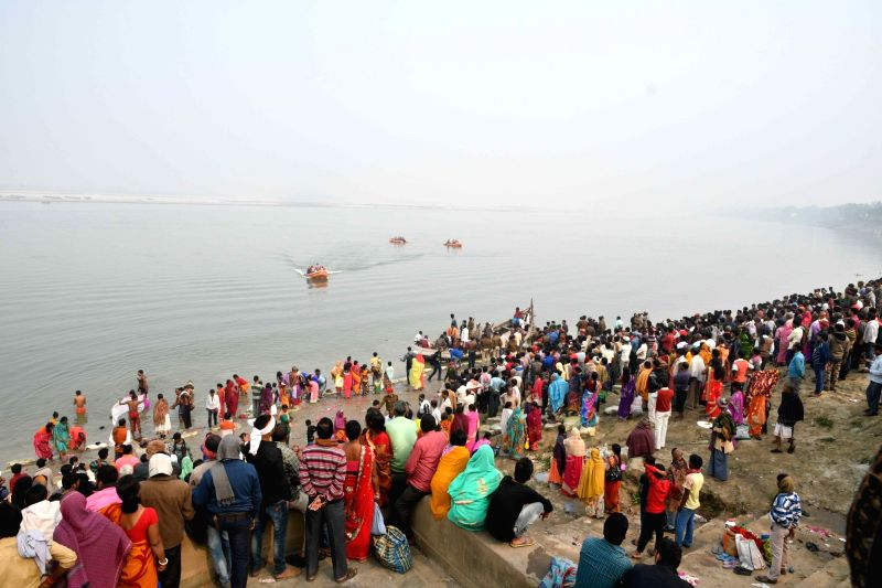 Rescue operations underway after five persons were killed and five went missing when a boat capsized near Mastana ghat in the Ganga river at Fatuha of Bihar's Patna district on Jan 31, 2018.