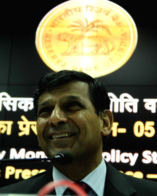 Reserve Bank of India (RBI) Governor Raghuram Rajan addresses a press conference in Mumbai, on April 5, 2016.