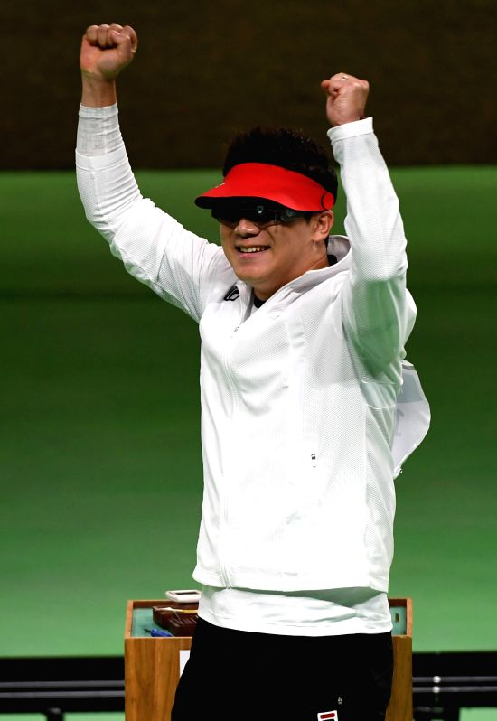 RIO DE JANEIRO, Aug. 10, 2016 - Jin Jongoh of South Korea celebrates after the 50m pistol shooting men's final at the 2016 Rio Olympic Games in Rio de Janeiro, Brazil, on Aug. 10, 2016. Jin Jongoh ...