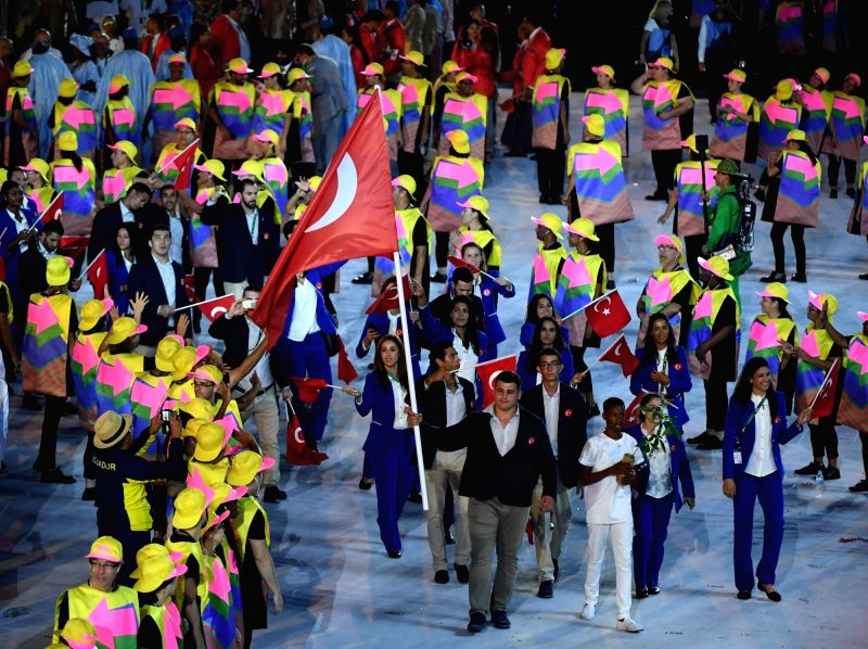 RIO DE JANEIRO, Aug. 5, 2016 - The delegation of Turkey parade into Maracana Stadium during the opening ceremony of the 2016 Rio Olympic Games in Rio de Janeiro, Brazil, Aug. 5, 2016.