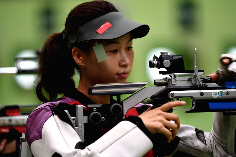RIO DE JANEIRO, Aug. 6, 2016 - Yi Siling of China participates in the Women's 10m Air Rifle Qualification competition of the 2016 Rio Olympic Games at the Olympic Shooting Centre in Rio de Janeiro, ...