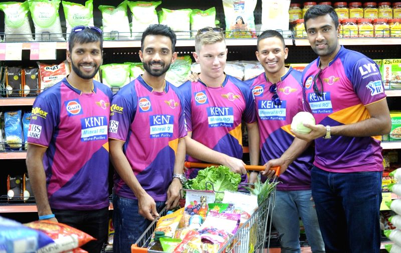 Rising Pune Supergiants players Ashok Dinda, Ajinkya Rahane, Adam Zampa, Usman Khawaja and R Ashwin during a promotional event in Kolkata on May 12, 2016.
