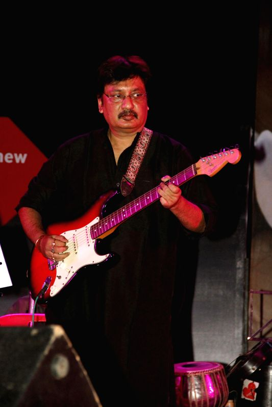 Rocket Mondal performs during `Pachattare Pancham- Yaadon Ki Baraat`a musical event organised on the 75th birth anniversary of the legendary music composer R.D.Burman by Melody Chime- The R.D.Burman .