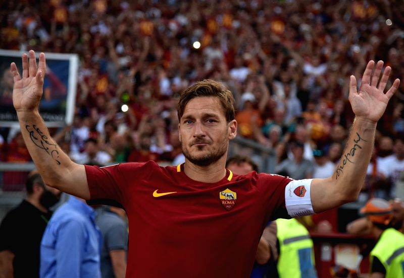 ROME, May 29, 2017 - Roma's Francesco Totti salutes to his fans at the end of his last soccer match for the Italian Serie A soccer match against Genoa in Rome, Italy, May 28, 2017. Roma won 3-2.