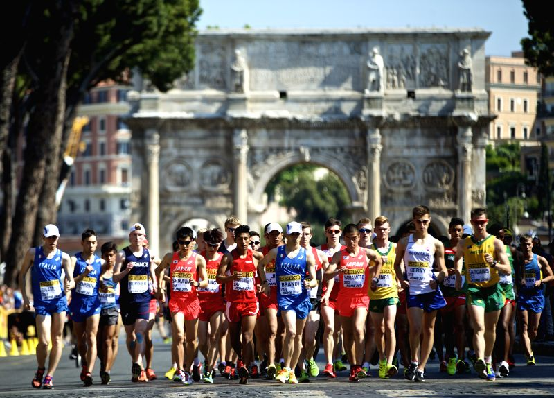 ROME, May 7, 2016 - Athletes start the competition in front of the Arch of Constantine  during the 10km U20 race final for men at the IAAF World Race Walking Team Championships in Rome, Italy, May 7, ...