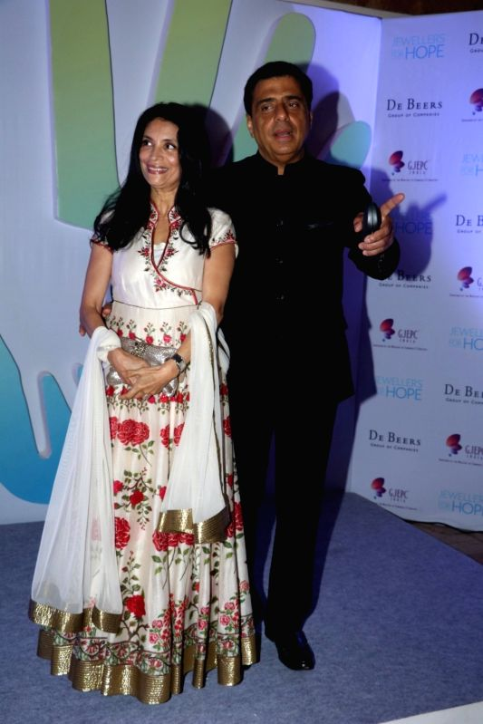 Ronnie Screwvala, MD, UTV Software Communications along with his wife Zarina Mehta during Jewellers for Hope Charity Dinner event in Mumbai, on Aug 4, 2016. - Zarina Mehta