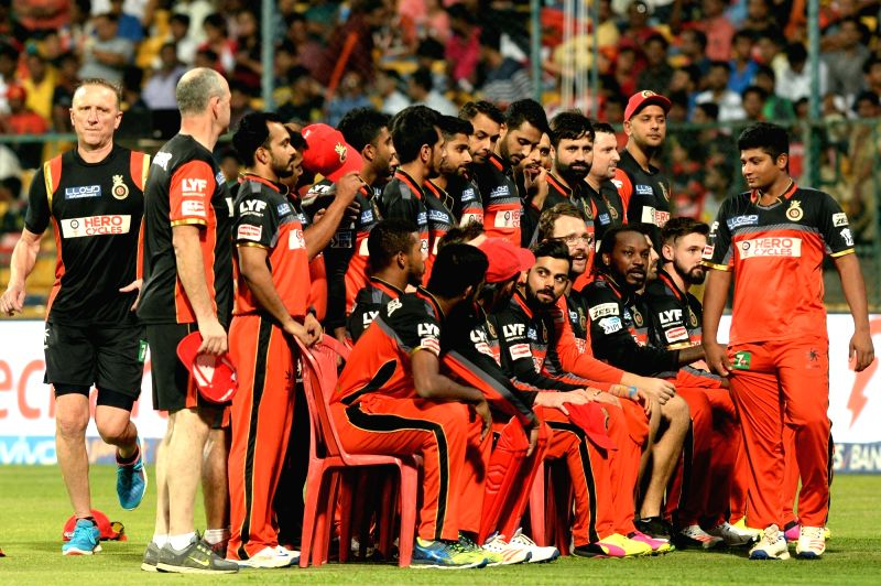 Royal Challengers Bangalore players during qualifier 1 of IPL 2016 between Gujarat Lions and Royal Challengers Bangalore at M Chinnaswamy Stadium in Bengaluru on May 24, 2016.