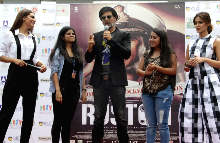 Rustom promotion Akshay Kumar and others at Gurgaon university. - Akshay Kumar