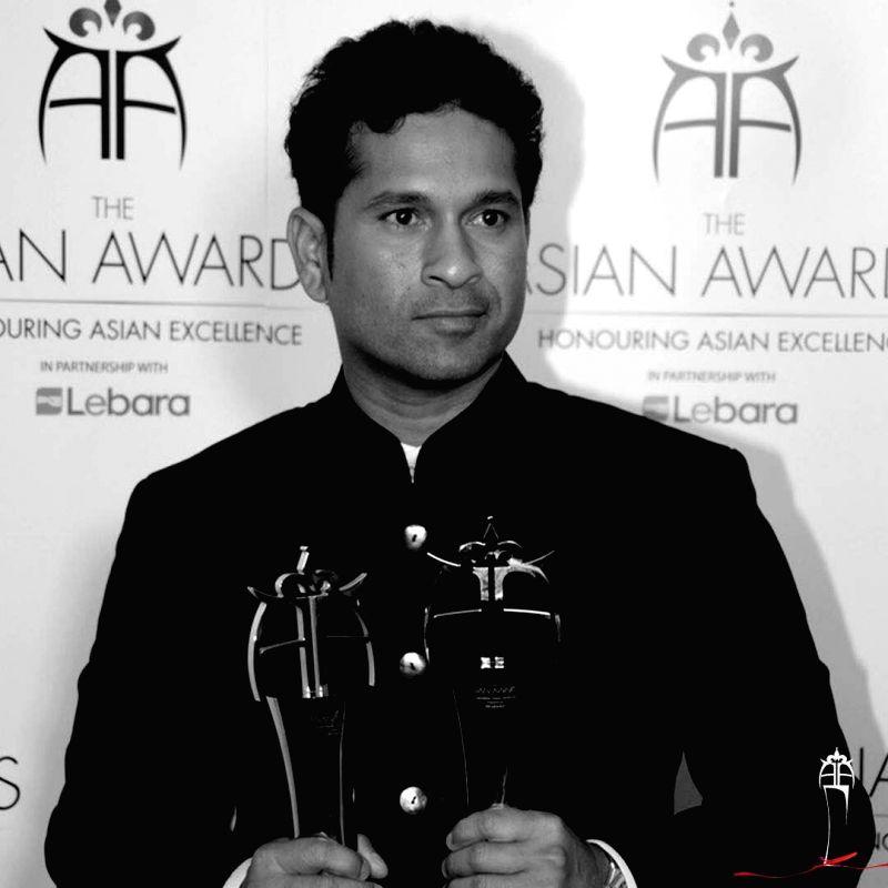 Sachin Tendulkar receives Asian Awards Fellowship - Sachin Tendulkar