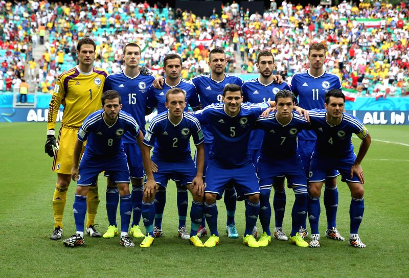 Bosnia And Herzegovina's players pose for a group photo during a Group F match between Bosnia And Herzegovina and Iran of 2014 FIFA World Cup at the Arena Fonte ...