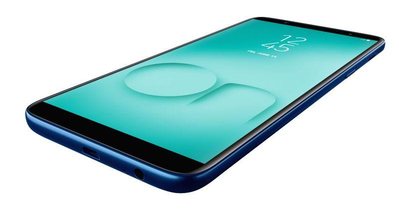 Samsung Galaxy On8.