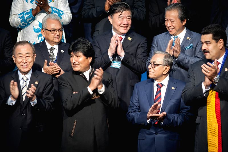 Bolivian President Evo Morales (2nd L, front), Secretary General of the United Nations Ban Ki-moon  (1st L, front), Venezuelan President Nicolas Maduro (1st R, ..