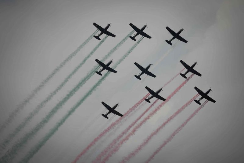 SANTA LUCIA AIR BASE (MEXICO), April 23, 2015 Aircrafts of the Mexican Air Force perform during the opening ceremony of the Mexico Aerospace Fair at the Santa Lucia Air Base in the state ...