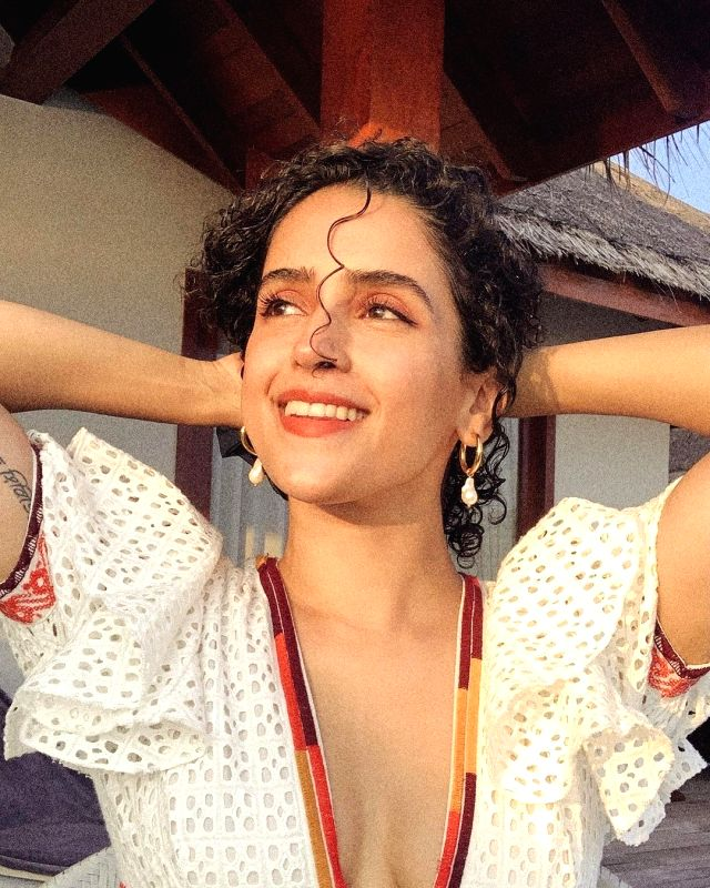 Sanya Malhotra flaunts perfect skin in latest photo-op