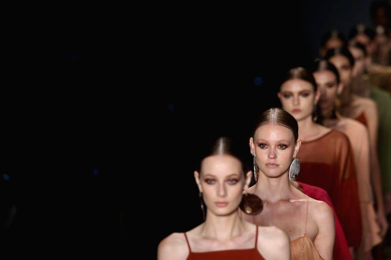 Models present creations of Lilly Sarti?s Summer Collection during the Sao Paulo's Fashion Week, in Sao Paulo, Brazil, on April 14, 2015. (Xinhua/Rahel ...
