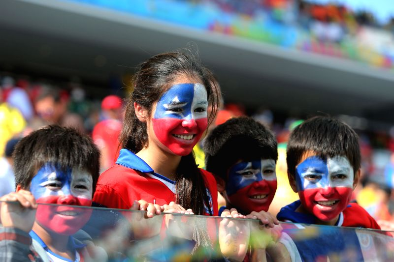 Supporters of Chile are seen before a Group B match between Netherlands and Chile of 2014 FIFA World Cup at the Arena de Sao Paulo Stadium in Sao Paulo, Brazil, ..