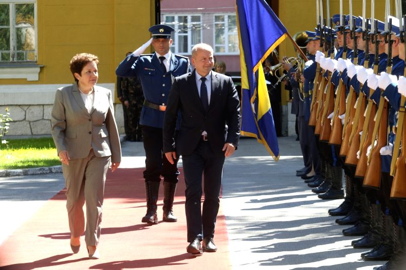 SARAJEVO, May 29, 2017 - Minister of Defense of Bosnia and Herzegovina (BiH) Marina Pendes (L) and Hungarian Minister of Defense Istvan Simicsko (R) review the honorary guards in Sarajevo, Bosnia and ... - Istvan Simicsko