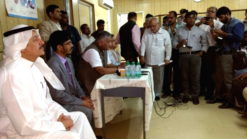 Saudi Oger: Union MoS External Affairs Gen VK Singh visits a camp of Indian workers of Saudi Oger near Mecca.