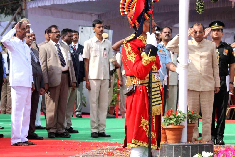 Telangana Chief Minister K Chandrasekhar Rao and Telangana Governor ESL Narasimhan during Republic Day celebrations at Secunderabad Parade Ground on Jan 26, 2015. - K Chandrasekhar Rao