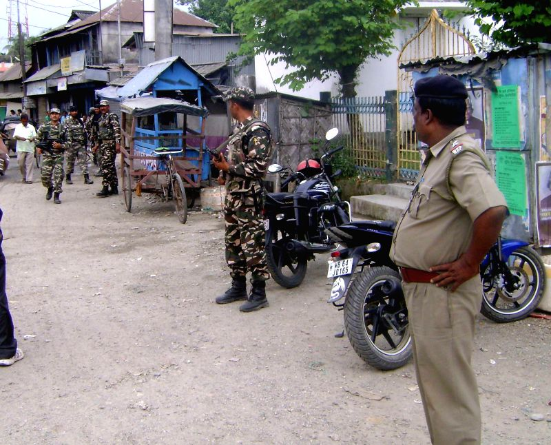 Security beefed up ahead of the fifth phase of 2014 Lok Sabha Elections which is scheduled to held on 17th April, in Cooch Behar on April 16, 2014.