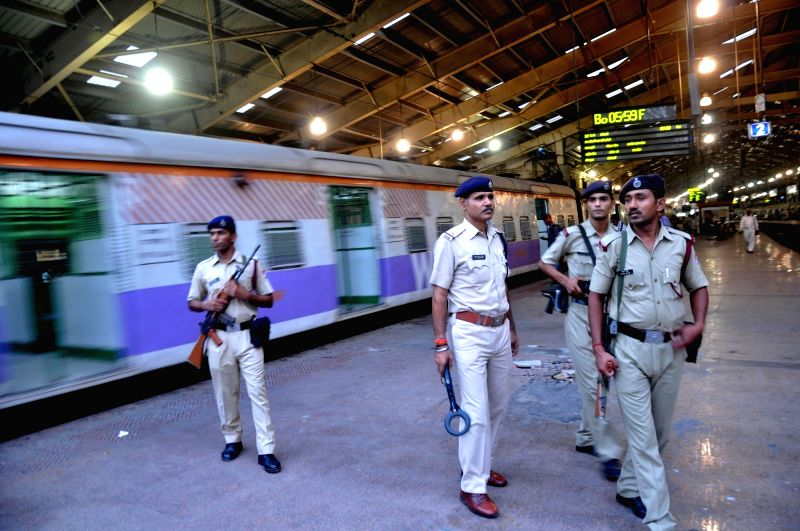 Security beefed-up in Mumbai in the wake of Paris terror attacks on Nov 14, 2015.