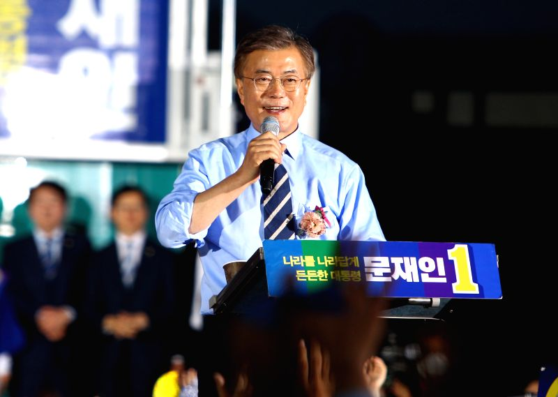 SEOUL, May 8, 2017 - Moon Jae-in, presidential candidate of South Korea's Minjoo Party, speaks during an election campaign in Seoul, South Korea, on May 8, 2017. South Korea is set to hold a ...
