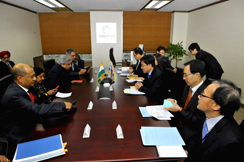 Union External Affairs Minister Sushma Swaraj meets Minister of Trade Industry and Energy of the Republic of Korea Yoon Sang-jick during a bilateral meeting in Seoul, South Korea on Dec 28, ...