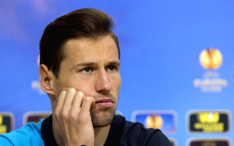 :Sevilla: Sevilla FC's Polish midfielder Grzegorz Krychowiak attends a press conference held after the team's training session at the team's sports complex in Sevilla, southern ...